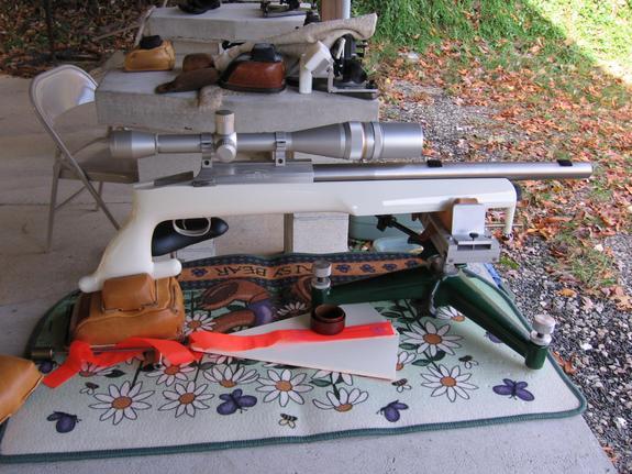 Benchrest Shooting Technique: Bench Rest Pistols