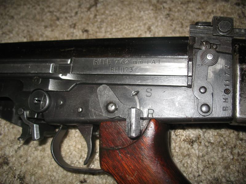 FN 1A1 vs  FN L1A1 vs  FN C1A1