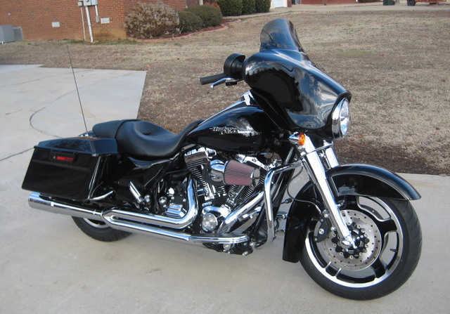 Difference Between Street Glide And Road Glide >> Road Glide Windshield Harley Davidson Forums | Autos Weblog