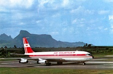 Set 6  Air Mauritius - Air Transat