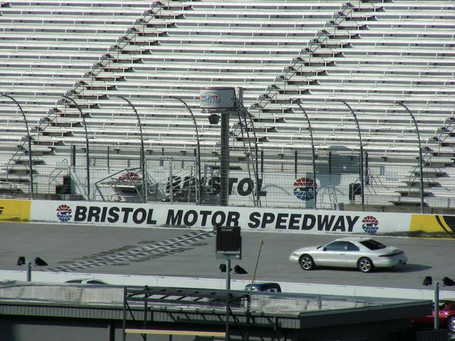 Bristol speedway page1 hot rod forums at hot rod for Bristol motor speedway tours