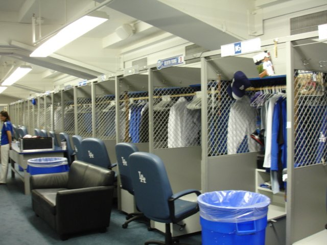 Dodgers Blue Heaven: Dodger Clubhouse Tour