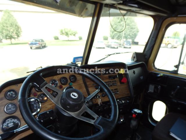 1995 Western Star Tri Axle Tractor