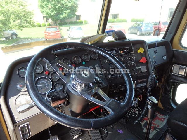 1996 Western Star Tri Axle Tractor