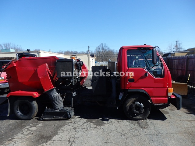 2001 Isuzu NPR with Tymco 210 Sweeper