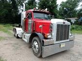 2003 379 Pete Tandem Axle Tractor