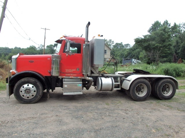 2003 Peterbilt 379 Tandem Axle Tractor for sale