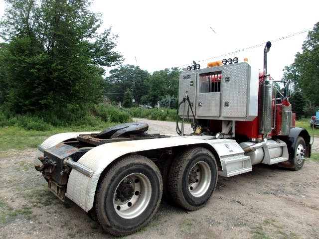2003 379 Pete Tandem Axle Tractor