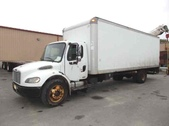 2004 Freightliner 26ft Box Truck w Lift