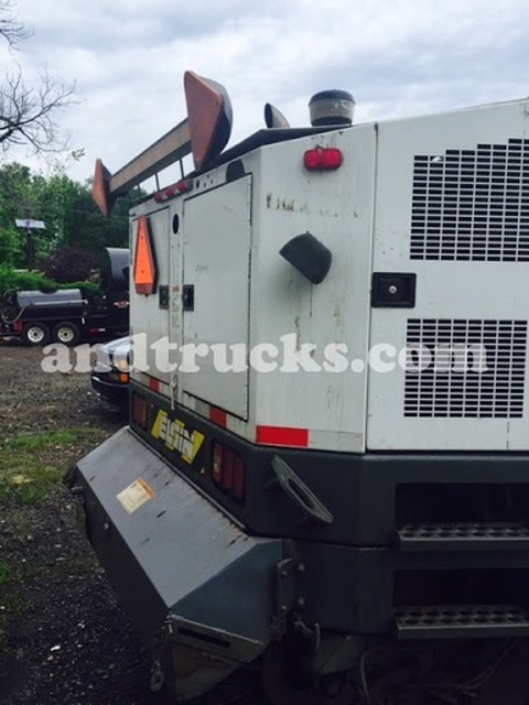 2007 Elgin Eagle Street Sweeper