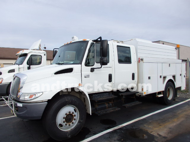 2007 International 4300 Crew Cab Water Utility Body