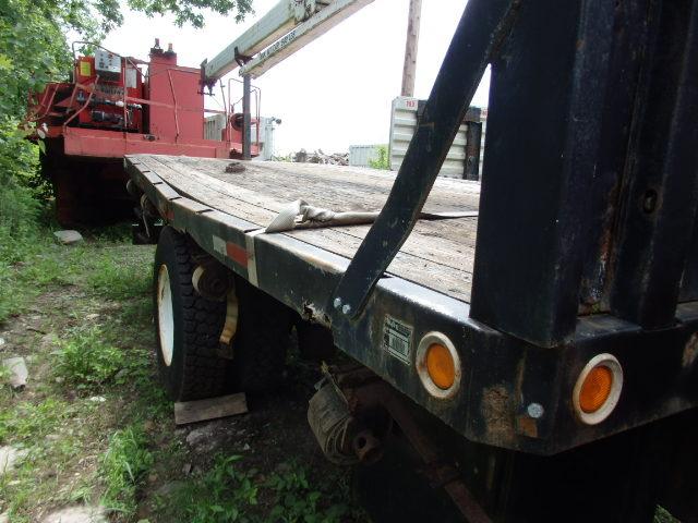 1987 5 Ton Ford F800 Crane Truck