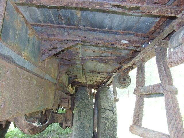 1987 Ford F800 5 Ton Crane Truck