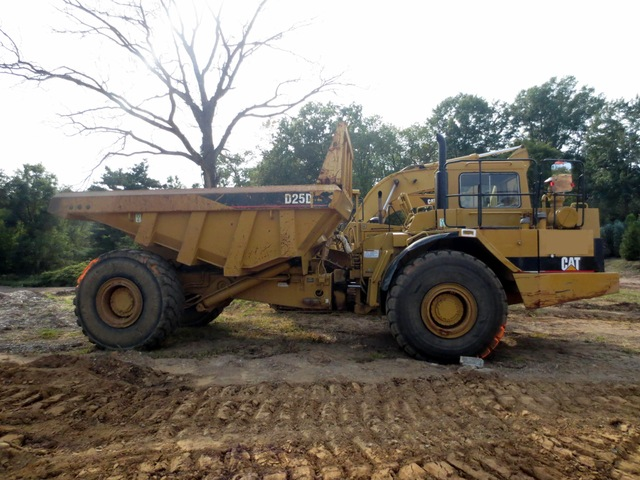 Cat D25D Articulated Dump Truck