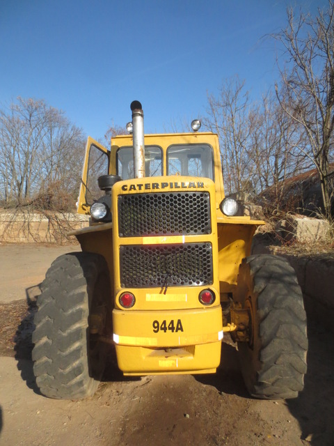 Caterpillar 944A Wheel Loader