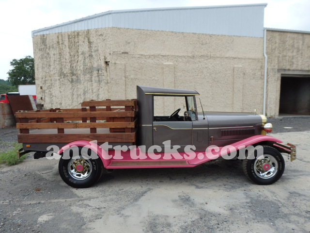 1977 Diamond T Pick up