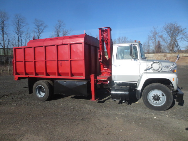 Ford LN8000 Knuckle Boom Chip Truck used for sale