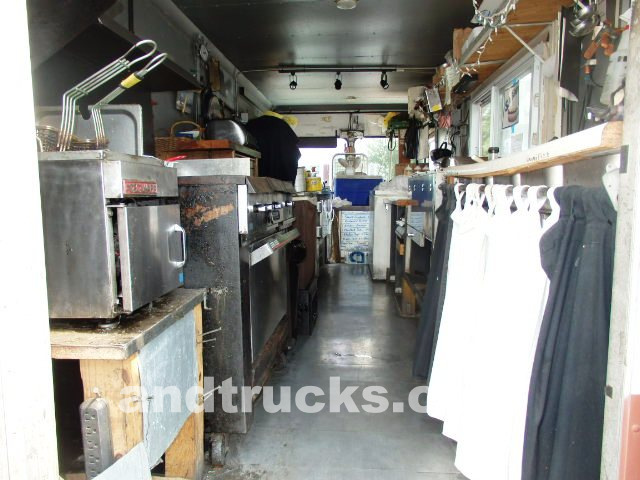 1986 Chevy Kurbmaster food truck