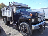 Ford F800 single axle dump truck
