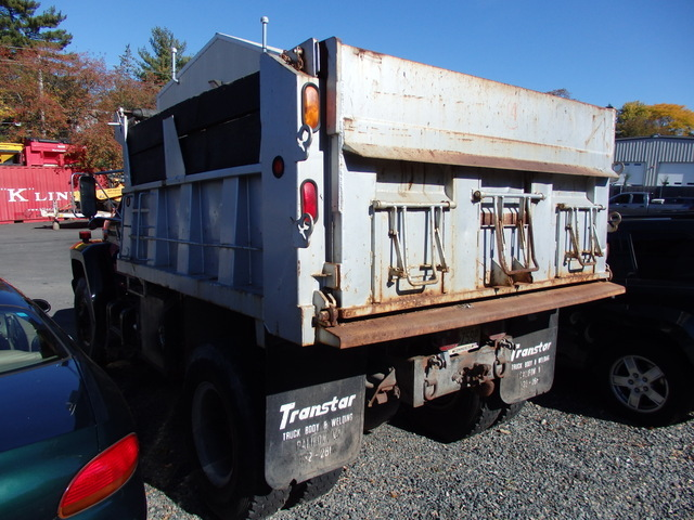 Ford F-800 Single Axle Dump Truck