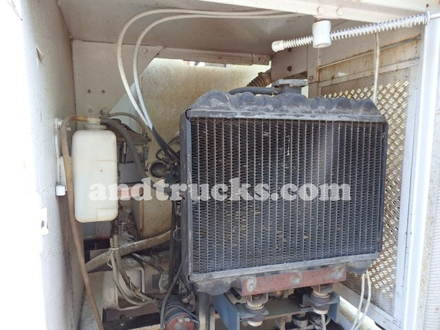 2001 GMC Chip Truck