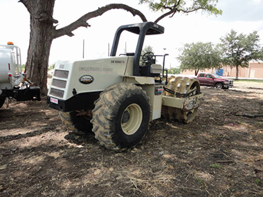 1999 Ingersoll Rand SD100F Compactor