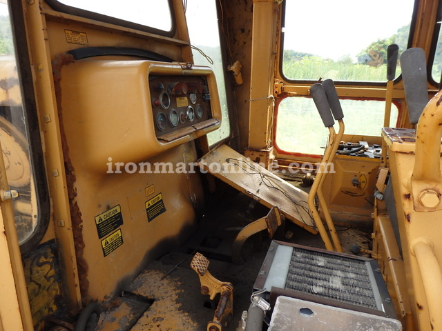 1975 IH Dresser TD25C Dozer