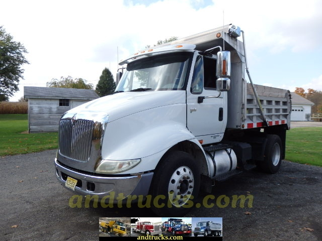 International 8600 Single Axle Dump With Big Horsepower