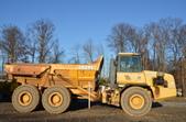 John Deere 250D Articulated Dump