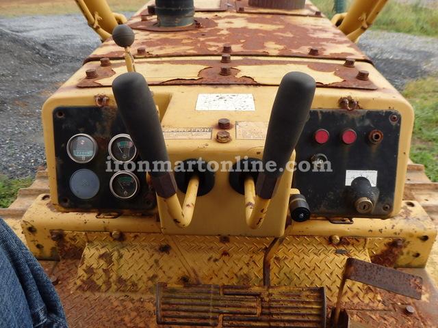 1987 Komatsu D68E-1 Crawler Dozer