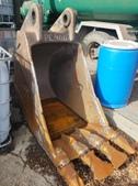Komatsu pc400 36'' trenching bucket