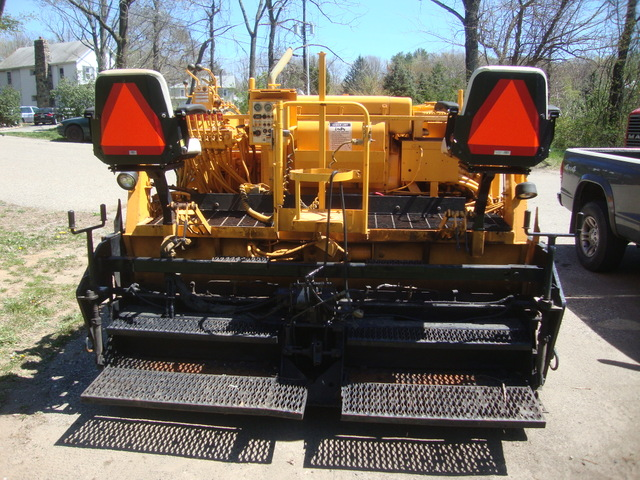 LeeBoy 8500T High Deck 8'-15 Paver