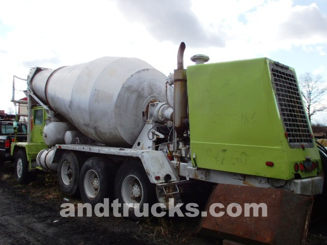 11 Cubic Yard Front Discharge Cement Mixer For Sale