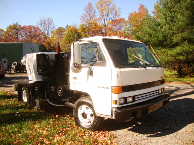 Parking Lot Sweeper Tymco 210 Air Sweeper