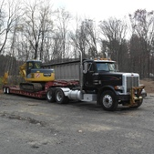 Pete 378 with Eager Beaver Trailer