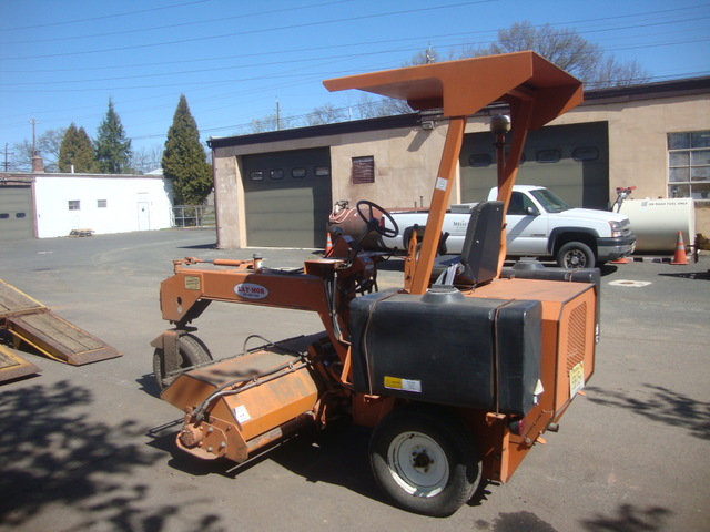Lay Mor 6hb Ride On Sweeper Used For Sale