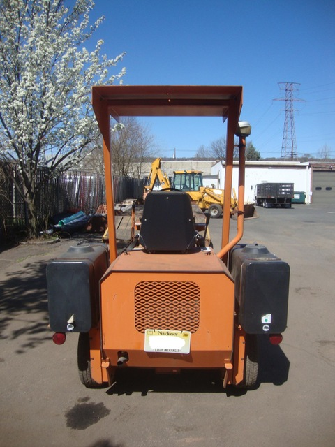 Lay Mor 6HB Ride On Sweeper