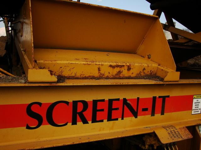 Top Soil Dirt Screener CEC 5121 Screen It