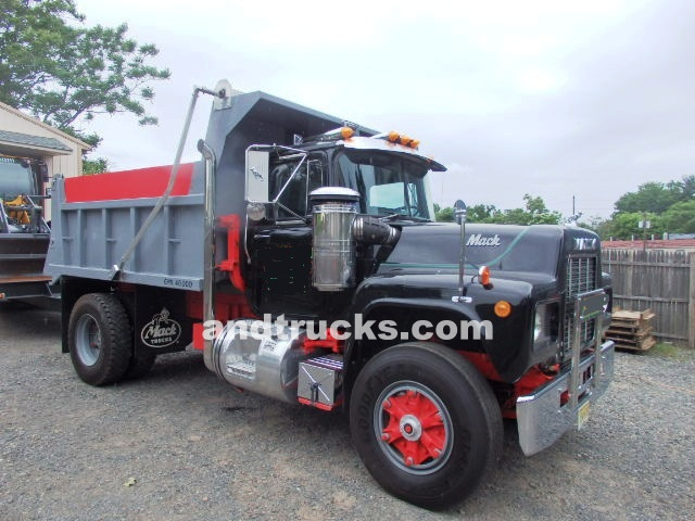 Single Axle Mack used for sale‏