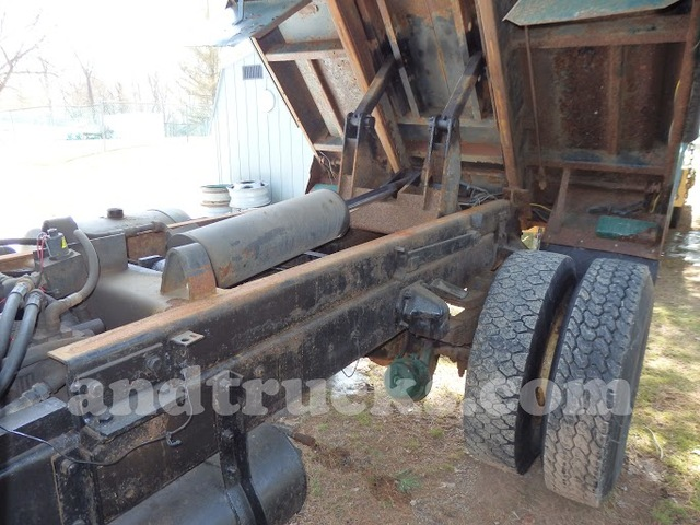 Used Single Axle Steel Nose Mack Truck
