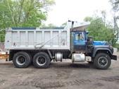 Tandem Axle Mack RD688SX Dump Truck