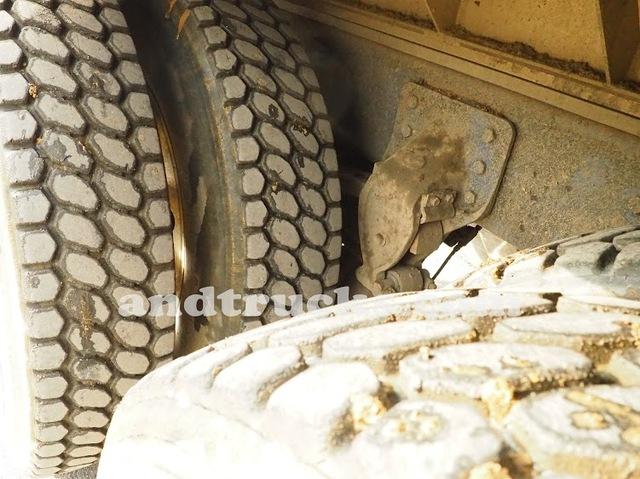 1998 350 hp R-Model Mack Tri Axle Dump Truck