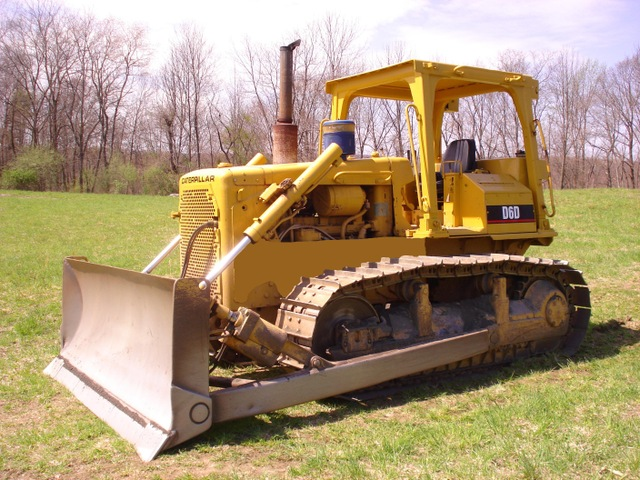 Caterpillar D6D Crawler Dozer Tractor