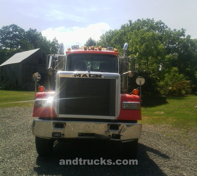 Mack Superliner for sale