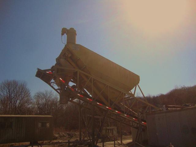 Vince Hagan HT 124 Mobile Concrete Batch Plant