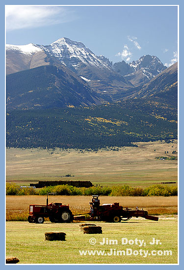 Wet Mountain Valley, Sange de Cristo Mountains