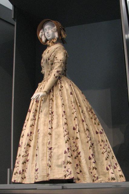Fashioning Fashion LACMA