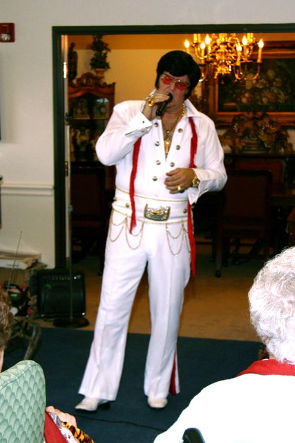 "Dan Devivo as ""Elvis"""