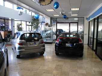 Car dealers imageevent for Honda dealer santa monica