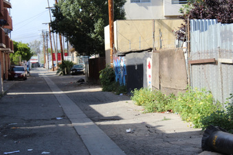 Alleys near Woodland Hills Bank